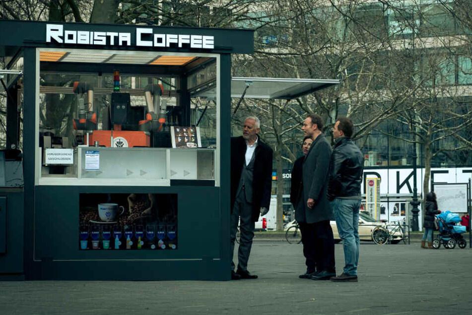 """Mitten auf dem Kurfürstendamm steht der ultramoderne """"Robista"""" Coffeeshop, der gerade zum Tatort wurde."""