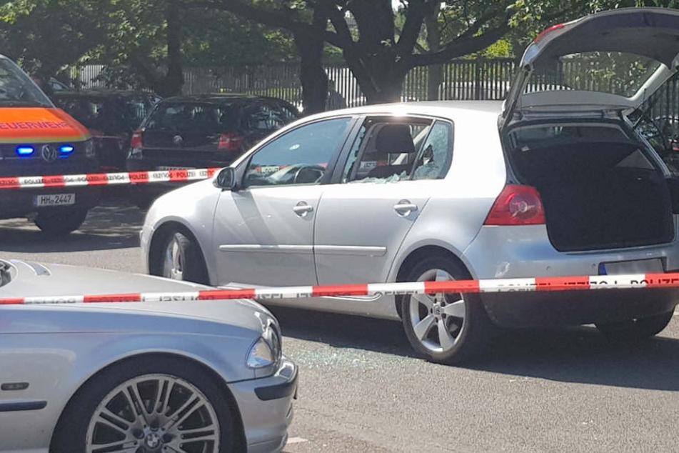 An seinem Auto wurde der 26-Jährige am Freitag erschossen.