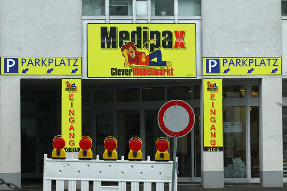 An der Ecke Bodelschwinghstraße/Hauptstraße steht die vermeintliche Filiale.