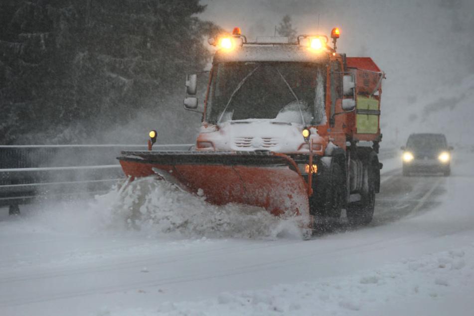 Bei Balderschwang hat das Schneetreiben schon eingesetzt.