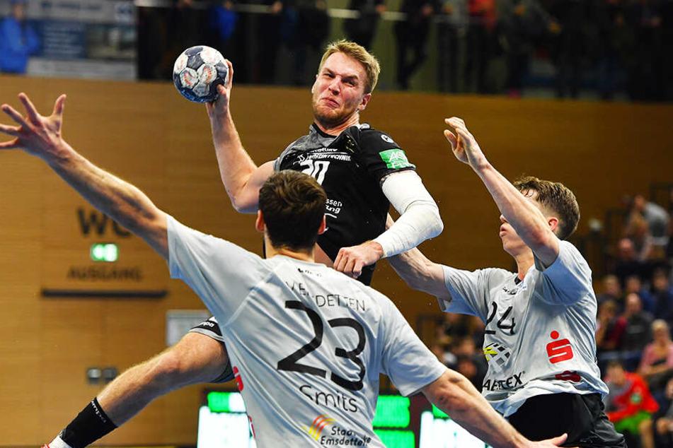 Nils Kretschmer ist mit 120 Toren der erfolgreichste Werfer des HCE. Heute trifft der Rückraum-Kanonier im letzten Heimspiel gegen Lübeck auf seinen Bruder Finn.