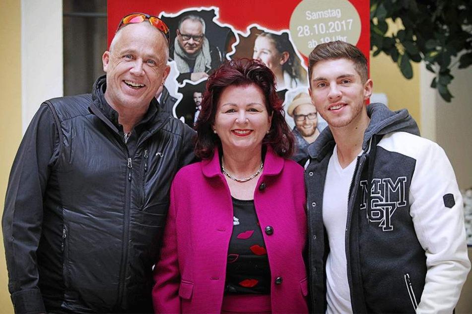 Wollen auf der Hope-Gala im Kulturpalast viel Geld für aidskranke Kinder  sammeln (v.l.): Pfarrer Stefan Hippler (57), Viola Klein (58) und Sänger Joey  Heindle (24).