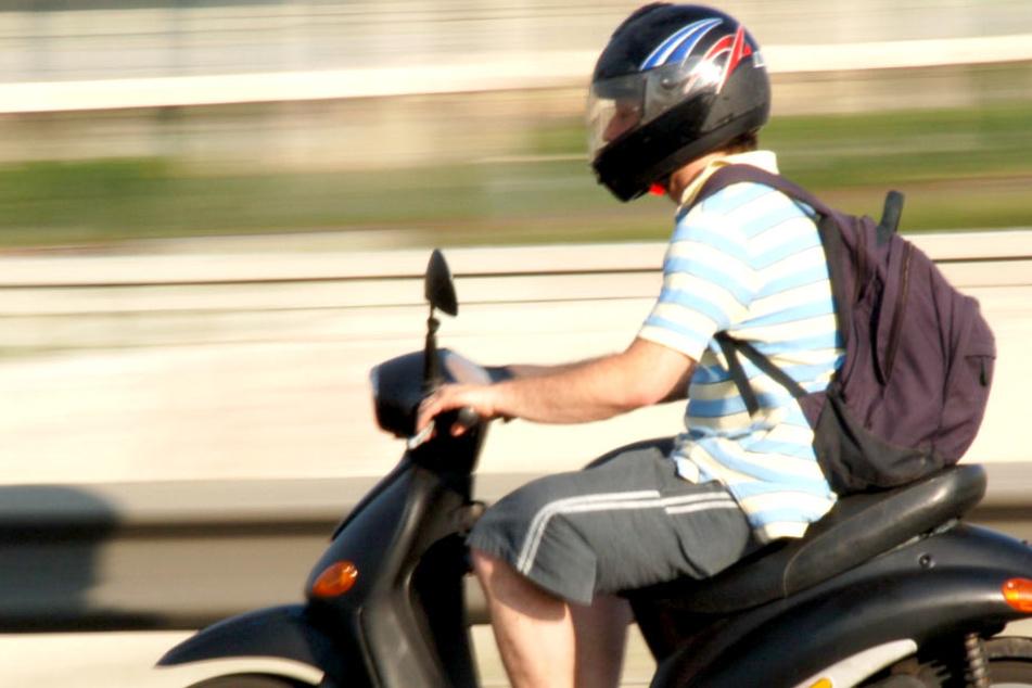 Tragischer Unfall! 15-jähriger Mopedfahrer gestorben