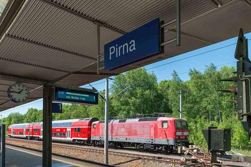 Tatort Pirna: Auf dem Bahnsteig wurde die 50-Jährige mutwillig überfahren.