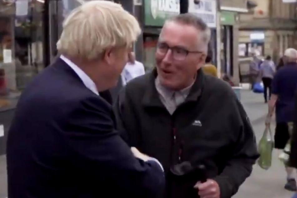 Brexit-Gegner lächelt Boris Johnson ins Gesicht und hat eindringliche Botschaft an ihn