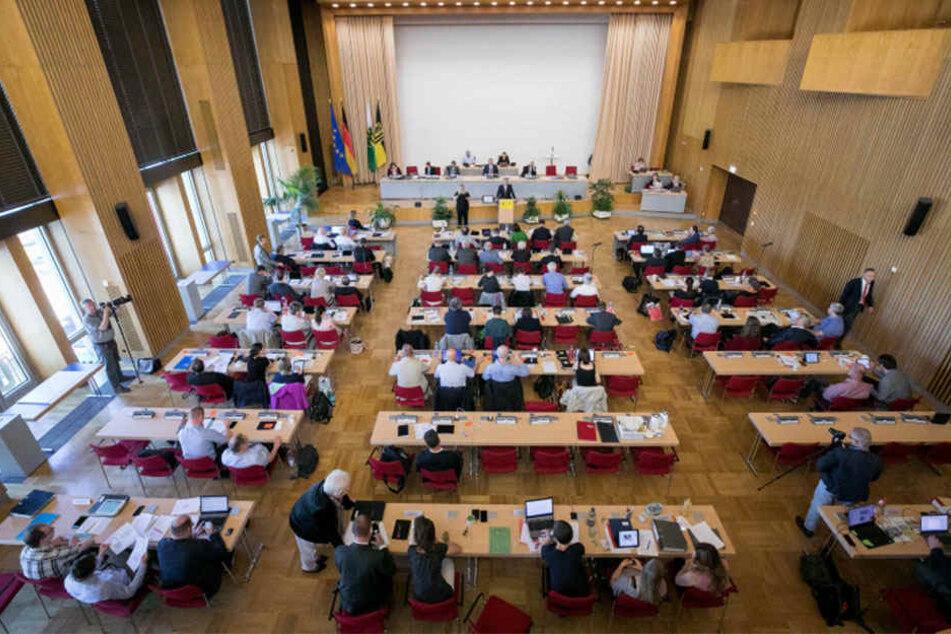 Der Dresdner Stadtrat tagte gestern im Rathaus ...