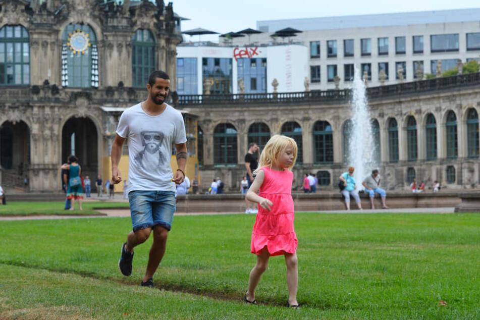 Nils Teixeira albert mit der Tochter von Andreas Lambertz.
