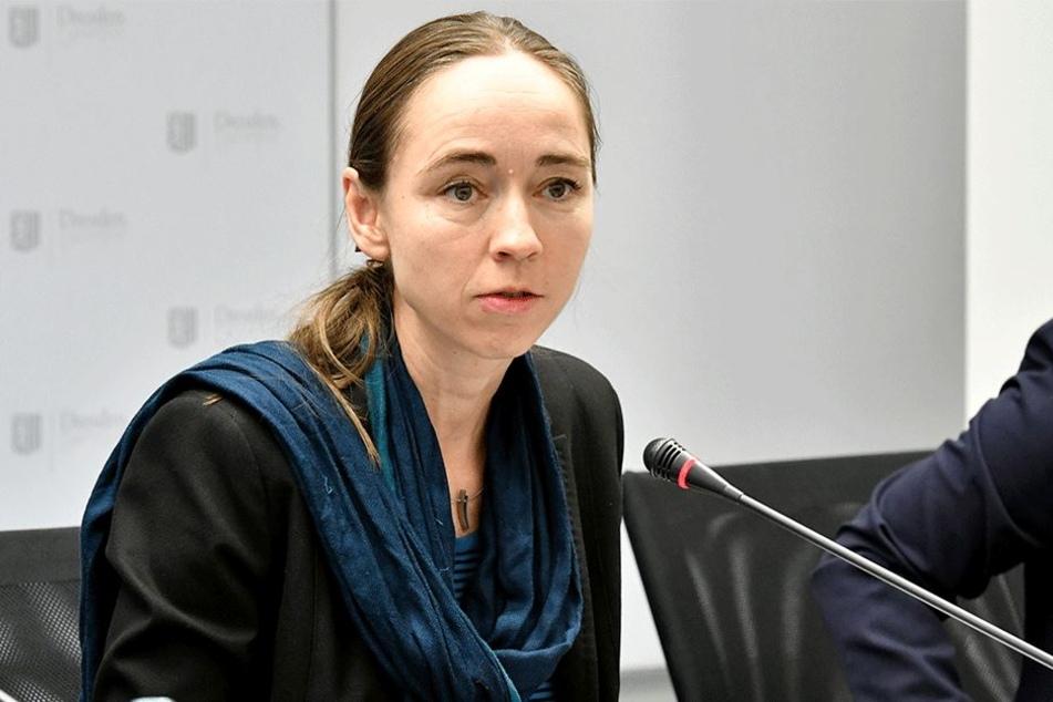 Bürgermeisterin Kristin Kaufmann (41) will demnächst Gutscheine ausreichen, mit denen Bedürftige kostenlos Hilfe im Mietrecht erhalten.