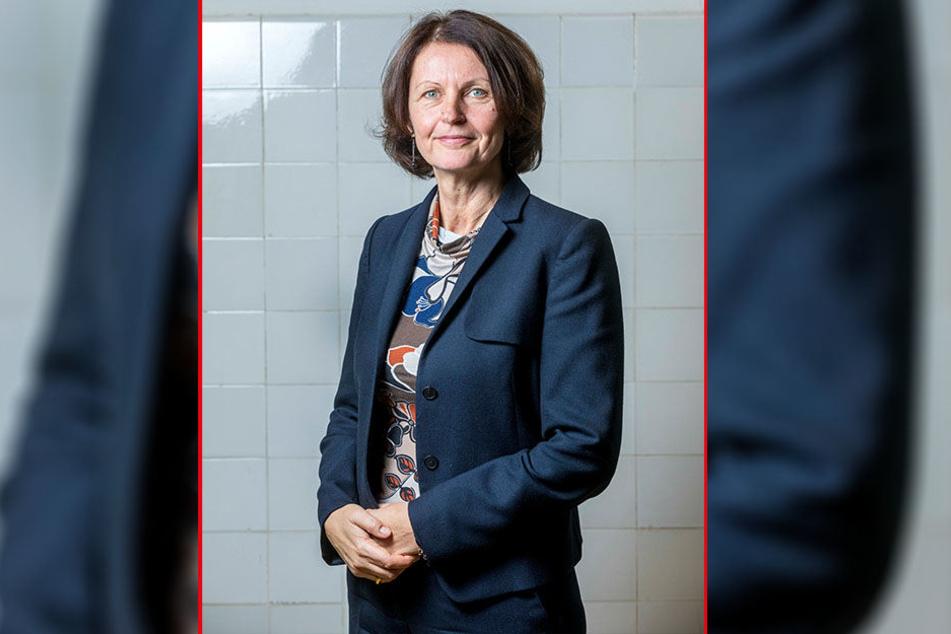 Die ehemalige Grünen-Politikerin Gunda Röstel (r.), heute Chefin der Stadtentwässerung Dresden, und der Dresdner Bundestagsabgeordnete Andreas Lämmel (CDU) sitzen auch in der Kommission.