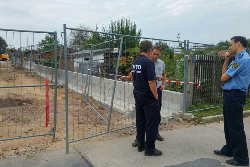 Polizeisprecher Thomas Geithner (re.) leitet den Einsatz.