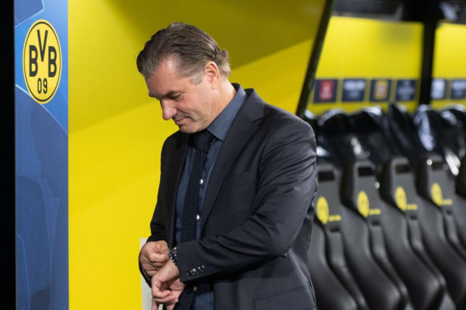 Was sagt die Uhr? Die Zeit von Sancho beim BVB könnte bald um sein, das weiß auch BVB-Sportdirektor Michael Zorc.