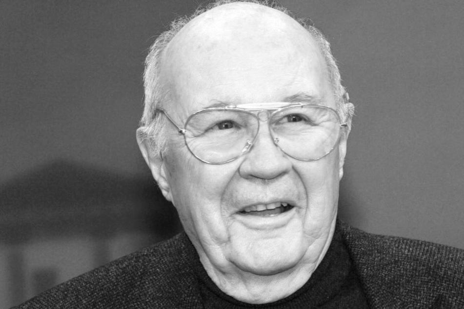 Dagobert Lindlau ist mit 88 Jahren verstorben.