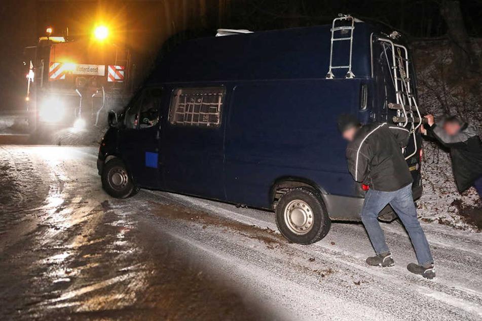 Schnee und Glatteis sorgen für Chaos auf den Straßen in Dresden!