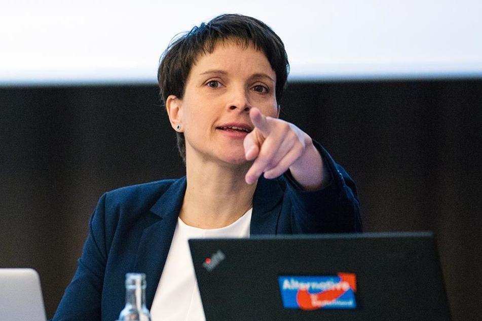 Frauke Petry beim Landesparteitag der AfD in Weinböhla.