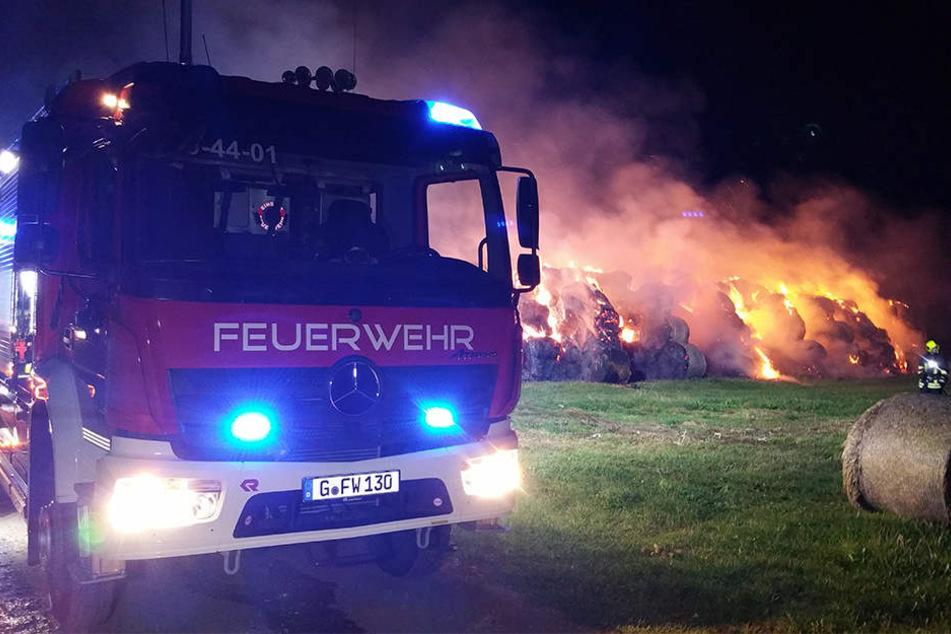 Die Feuerwehr aus Gera rückte mit einem Großaufgebot an.