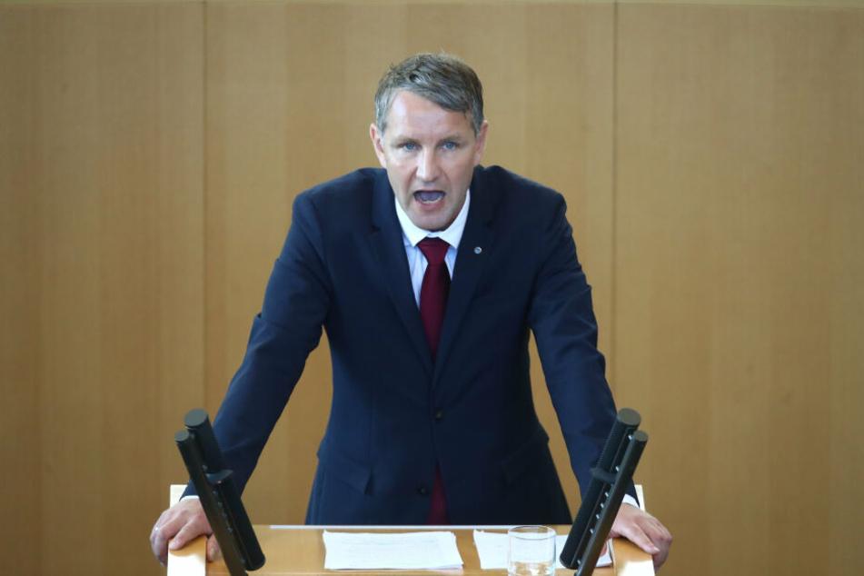 Björn Höcke, hier bei einer Landtagssitzung, wies der Verdacht einer Spende des Tatverdächtigen an seinen Landesverband ab.