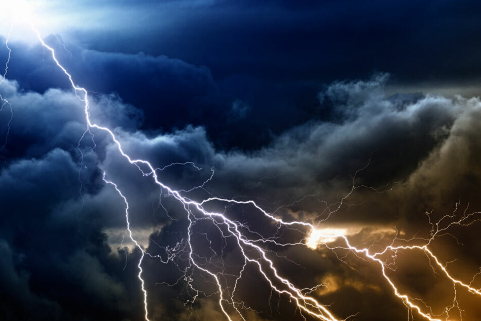 Sturm Ivan wird auch Blitz und Donner entfesseln.