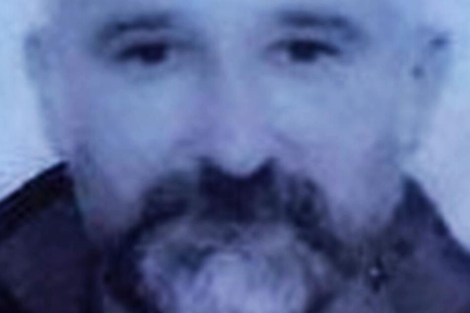 Der gesuchte Mann hat mehrfach Autokäufer getäuscht und betrogen.