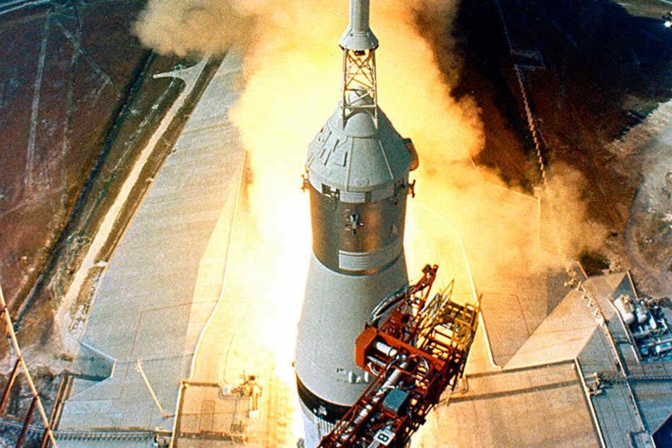 Mit solchen Saturn-Raketen wurden bei den Apollo-Missionen die eigentlichen Raumschiffe in den Orbit kataputiert.