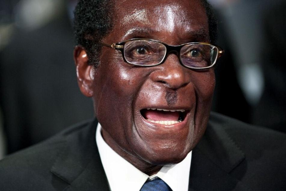 Robert Mugabe, der langjährige Präsident des südafrikanischen Staates Simbabwe, ist im Alter von 95 Jahren gestorben.