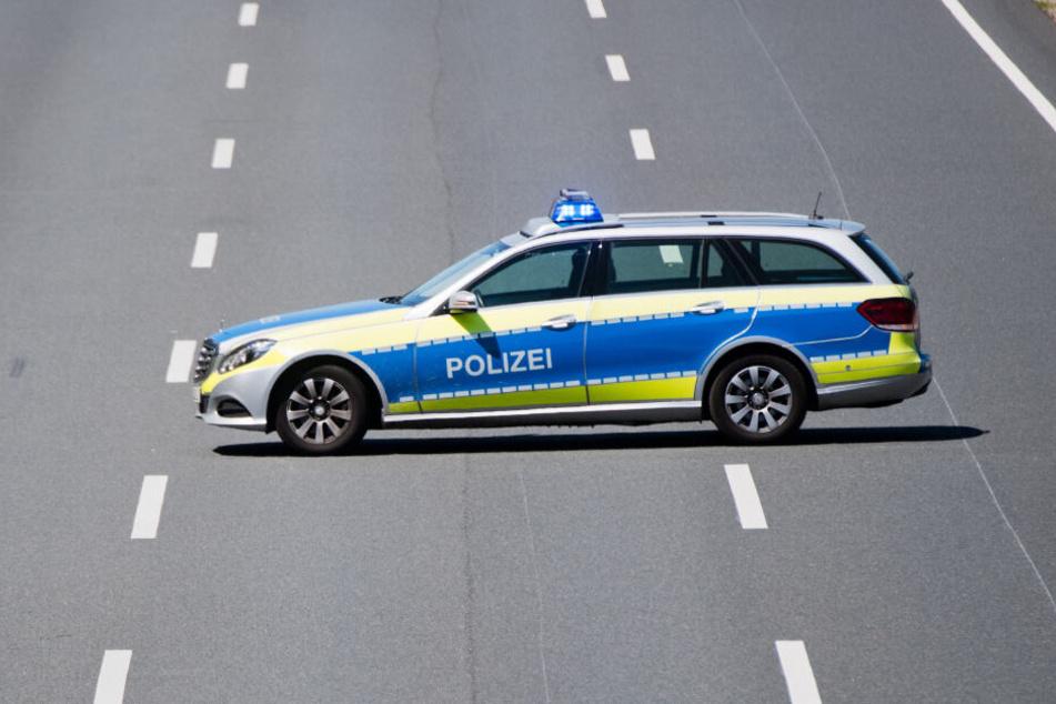 Die Polizei versuchte den Geisterfahrer auf der Autobahn zu stoppen.