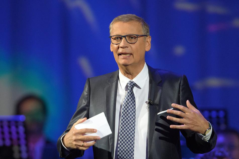 Moderator Günther Jauch (64) wurde jetzt zur Hochzeit eingeladen.