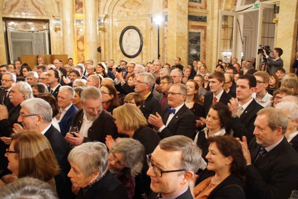 Hunderte Gäste waren zum Empfang geladen worden.