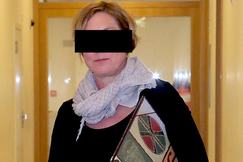 Susanne E. (45) war am Montag wegen einer lange zurückliegenden Tat vor  Gericht.