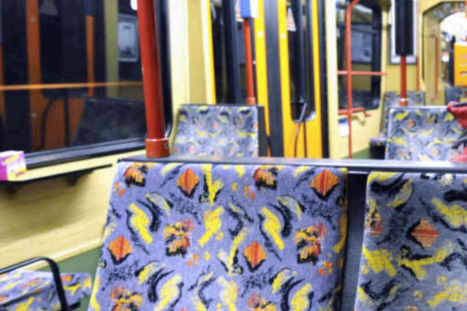 18-Jähriger bei Ticket-Kontrolle gewaltsam fixiert? moBiel erstattet Anzeige
