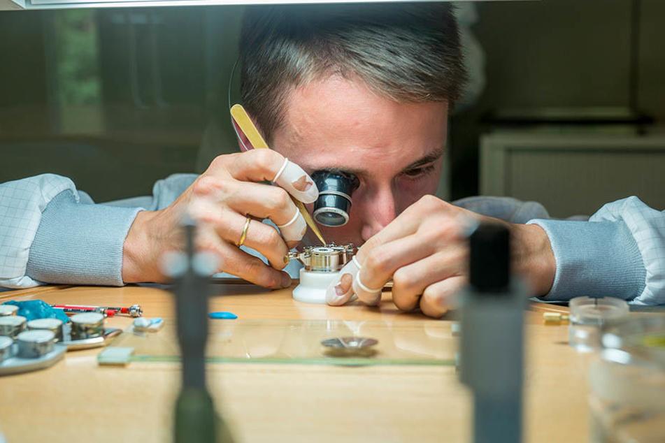 Von den Lange-Uhren werden jährlich nur wenige Tausend hergestellt.