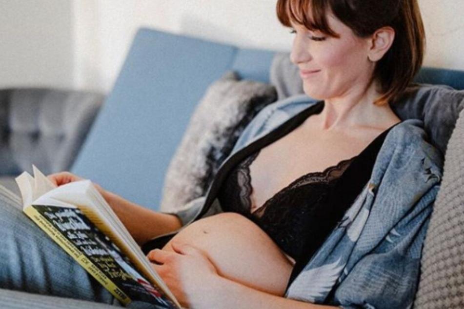 Die Schauspielerin freut sich auf ein gesundes zweites Kind.