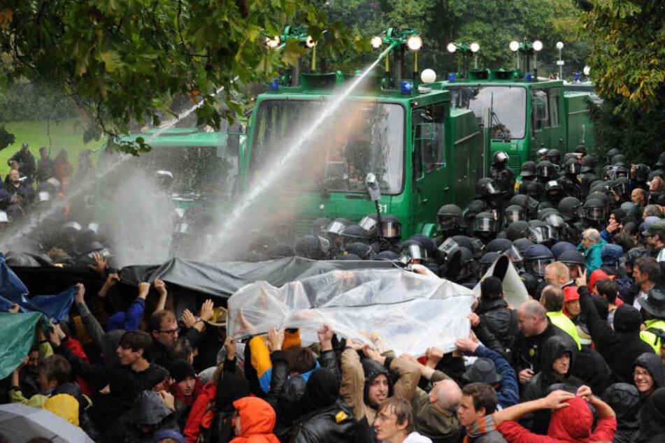 Stuttgart 21: Kommen heute 2000 Teilnehmer zur Demo?