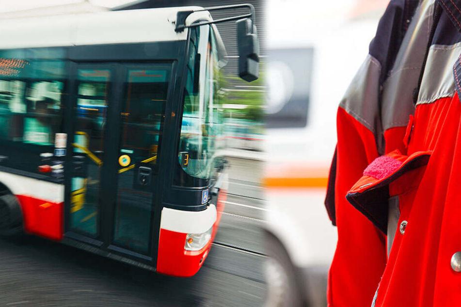 Vom Bus erfasst: Fahrt mit Motorroller endet tödlich