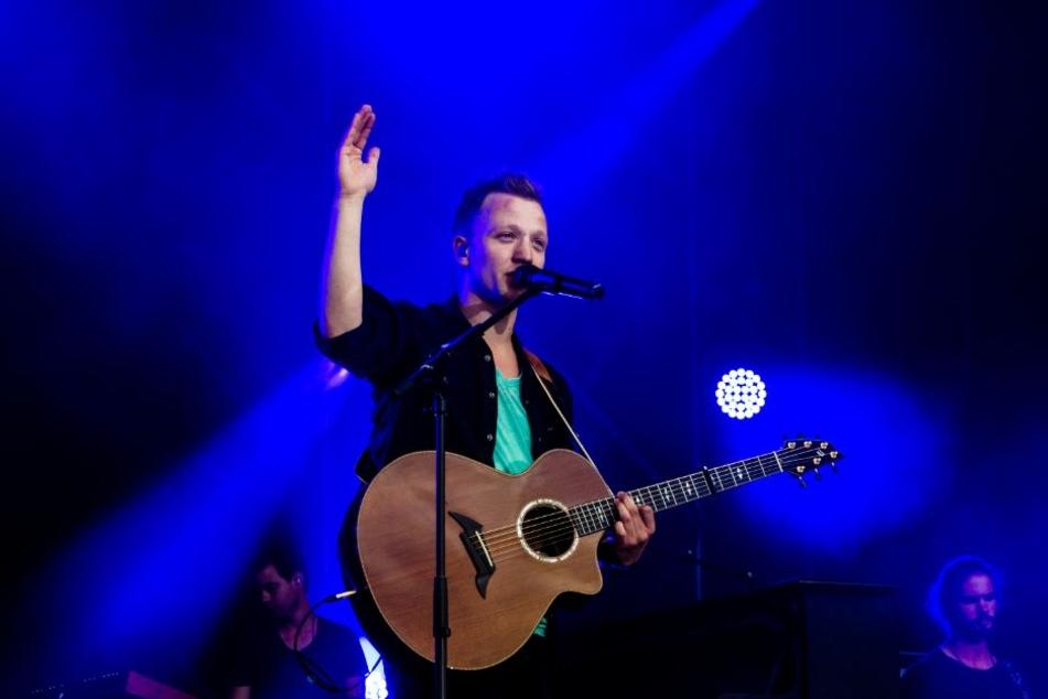 Joris begeistert seine Fans im Bielefelder Lokschuppen. Er tourt mit seinem zweiten Album durch Deutschland.