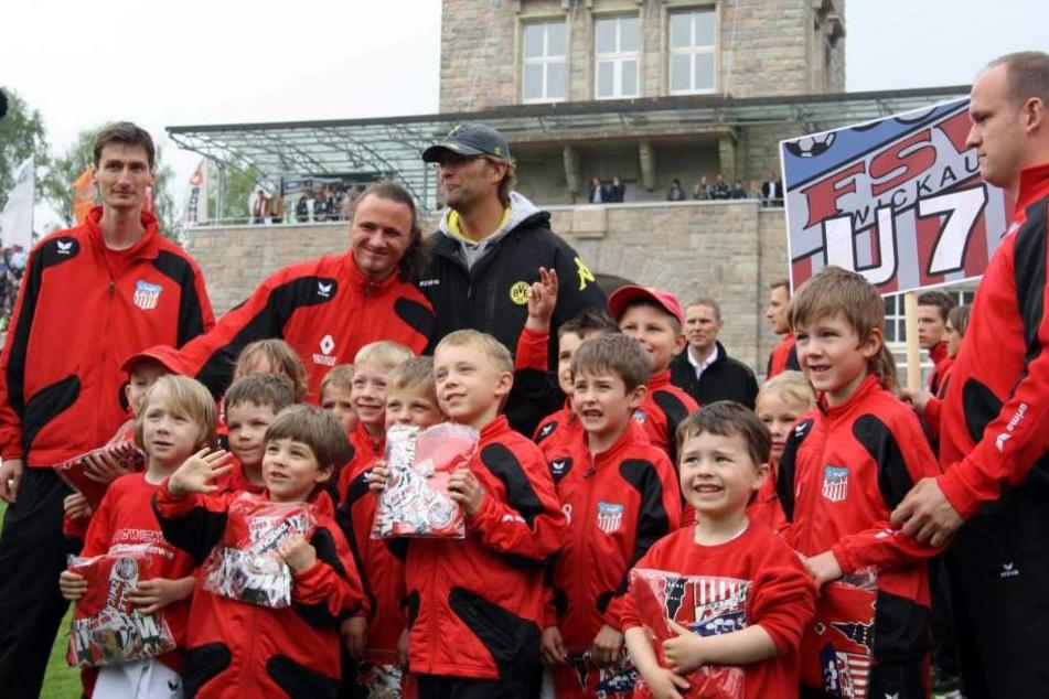 Im Mai 2010 war Dortmund, damals noch mit Trainer Jürgen Klopp, zu einem Benefizspiel in Zwickau.