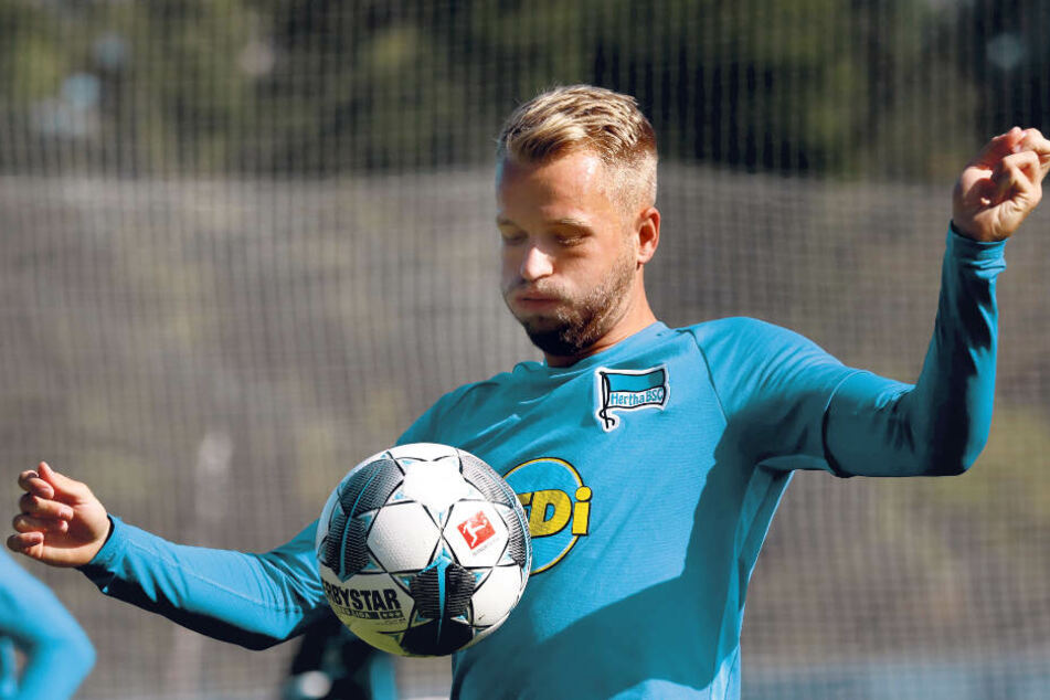 Am Ex-Auer Pascal Köpke, mittlerweile bei Hertha, soll Dynamo erneut Interesse haben.