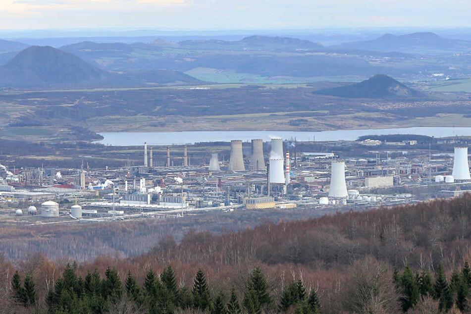 """Rund um Litvinov in Tschechien gibt es zahlreiche Industriebetriebe. Viele vermuten hier die Ursache für den """"Böhmischen Nebel""""."""