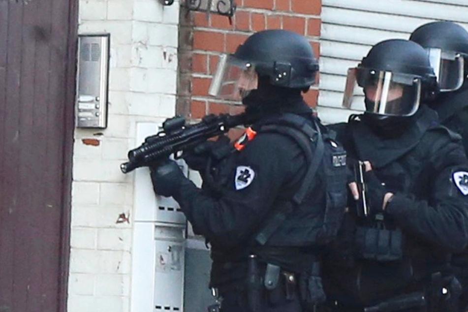Zwei Verdächtige wurden von der Polizei in Belgien festgenommen (Symbolbild).