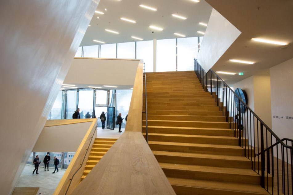 Die Treppen in der Elbphilharmonie führten bereits zu zahlreichen Stürzen.