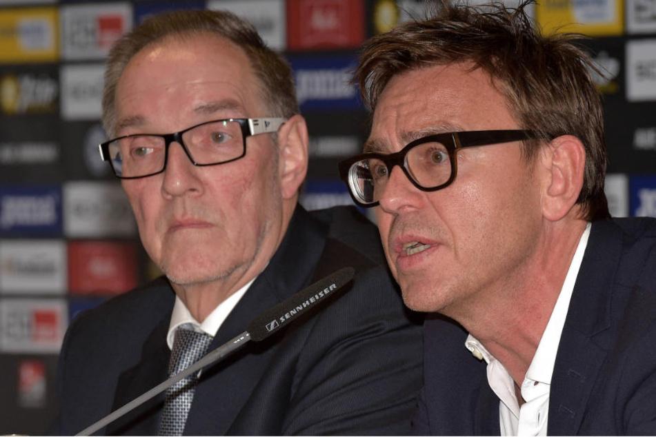 Auf einer Pressekonferenz verkündeten Laufer und Rejek die Schuldenfreiheit des Vereins.