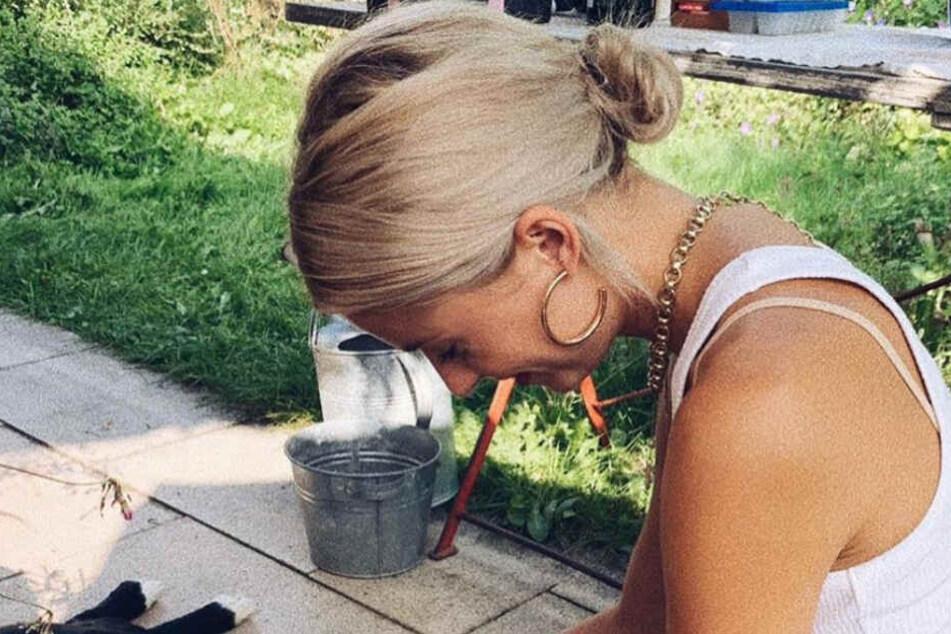 Auf wen schaut Lena Gercke (31) denn hier so verliebt herunter?