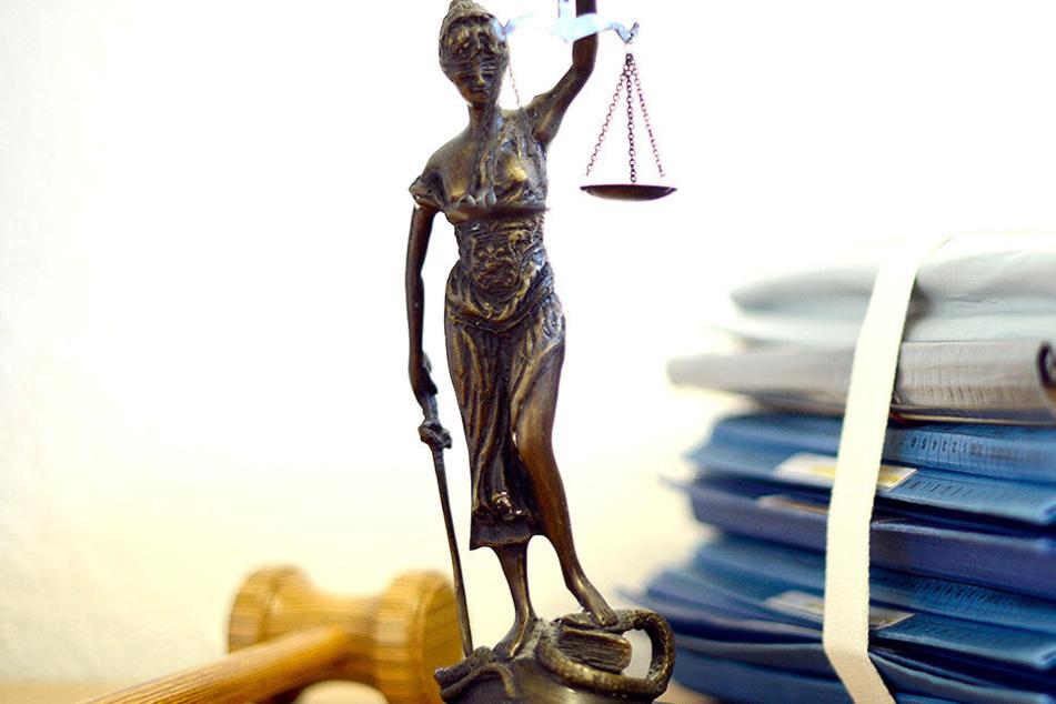Wie wird das Gericht im Fall der angeklagten Pädagogin entscheiden?