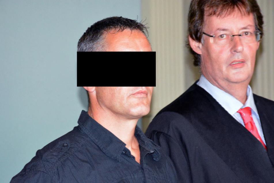 Sascha H. (links) wurde vom Vorwurf des Drogenschmuggels freigesprochen.