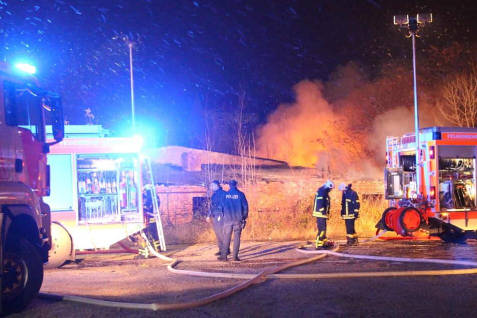 Leipzig-Zentrum: Haus am Hauptbahnhof steht in Flammen