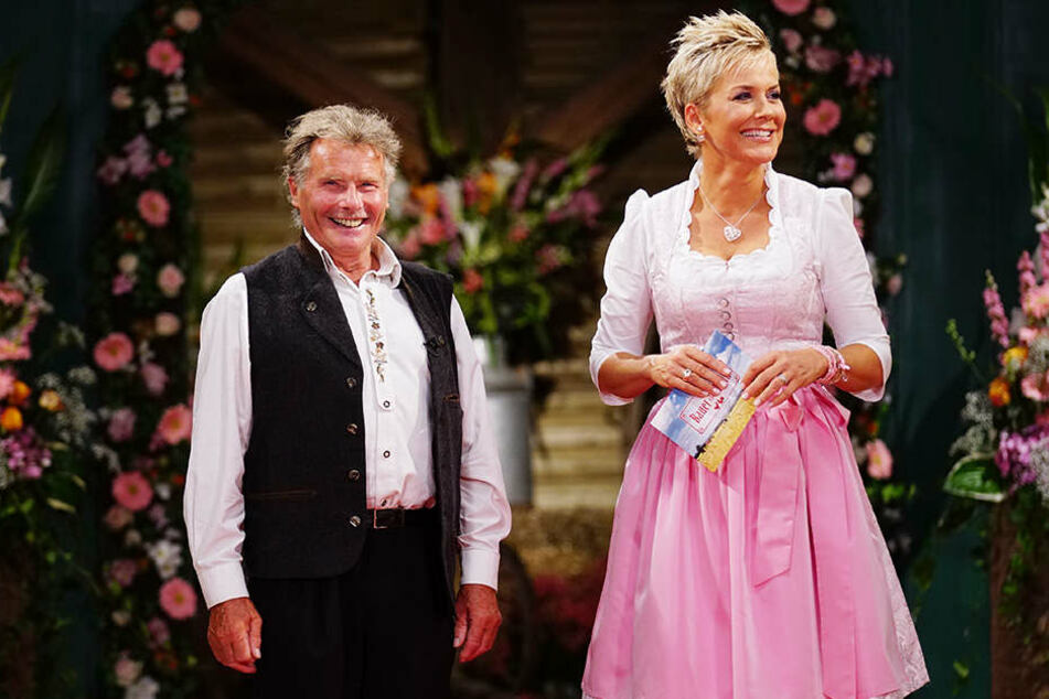 Moderatorin Inka Bause (47) spielt wieder Kupplerin - diesmal auch für Gerhard (76) aus dem Erzgebirge.