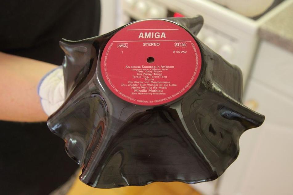 Da ist Musik drin: Aus dieser alten Amiga-Scheibe wurde eine Obstschale.