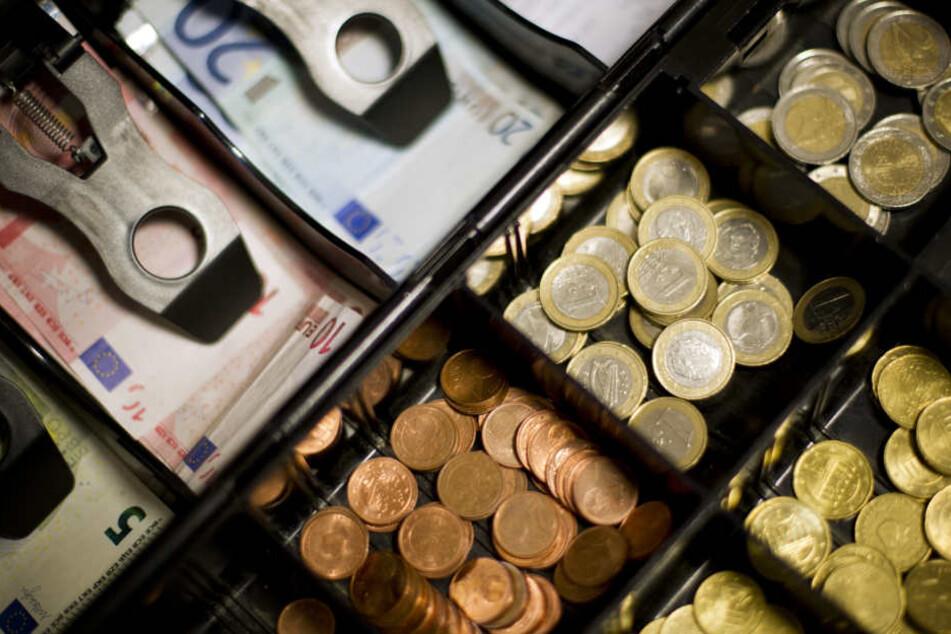 Die Gewerkschaft Verdi fordert eine Anhebung der Löhne um sechs Prozent.