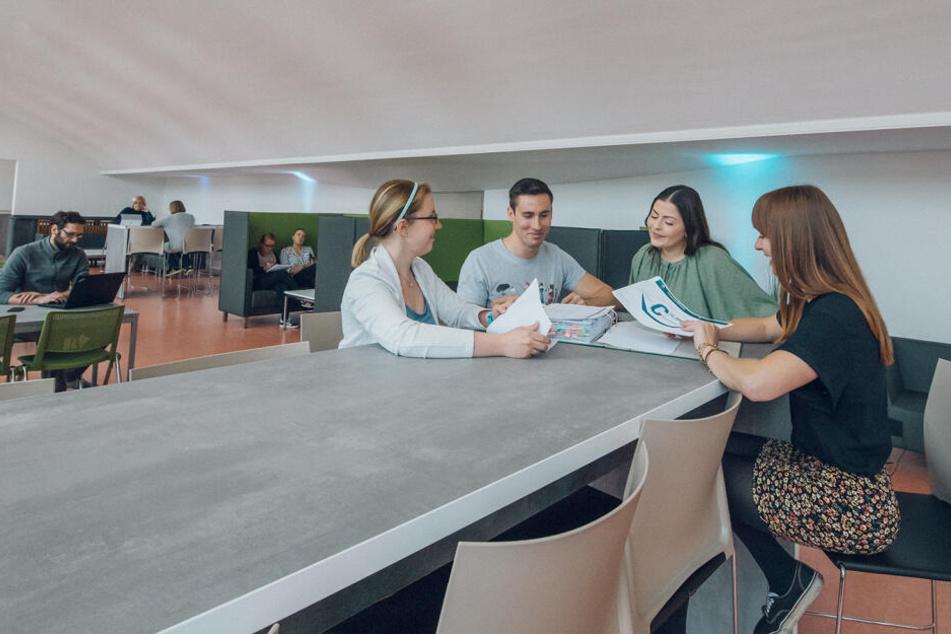 Zum Semesterstart nächste Woche können sich Studenten der TU Chemnitz auf neue Relax-Räume freuen.