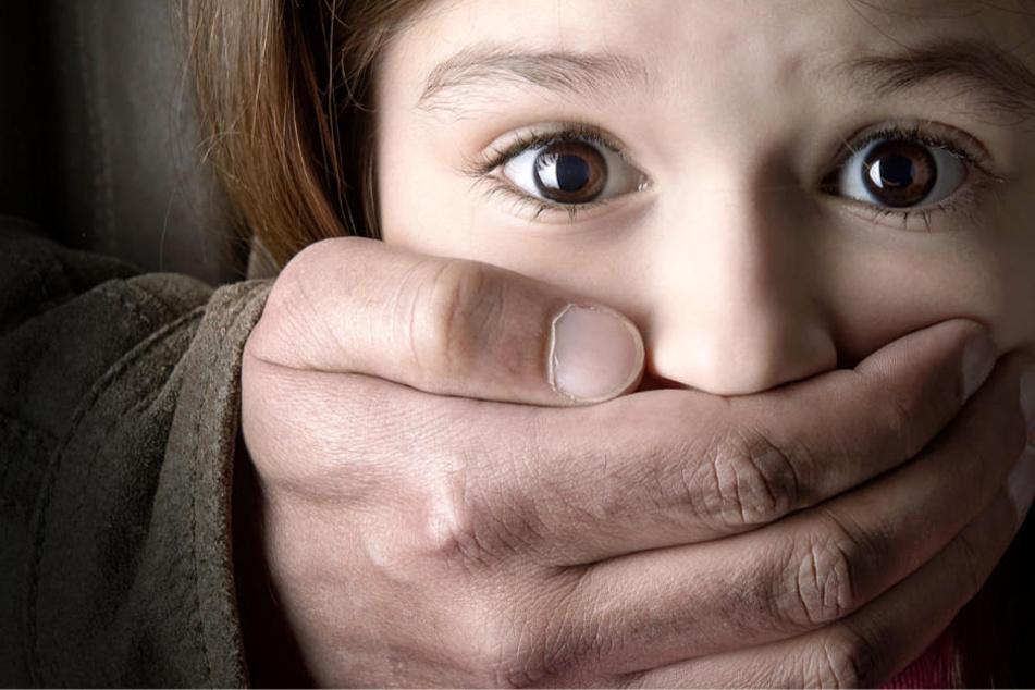 Die Staatsanwaltschaft geht von versuchtem sexuellen Missbrauch aus (Symbolbild).