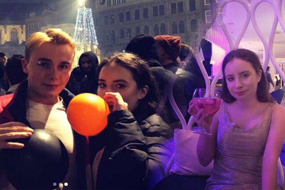 Tara und ihr bester Freund Jack flogen spontan und betrunken nach Barcelona.